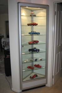Model Display Cabinet custom-built by Showfront