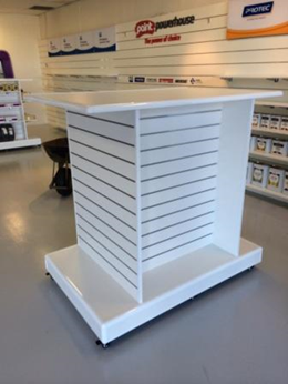 Showfront display units for pop-up stores